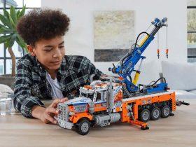 LEGO Technics Heavy-duty Tow Truck [42128]