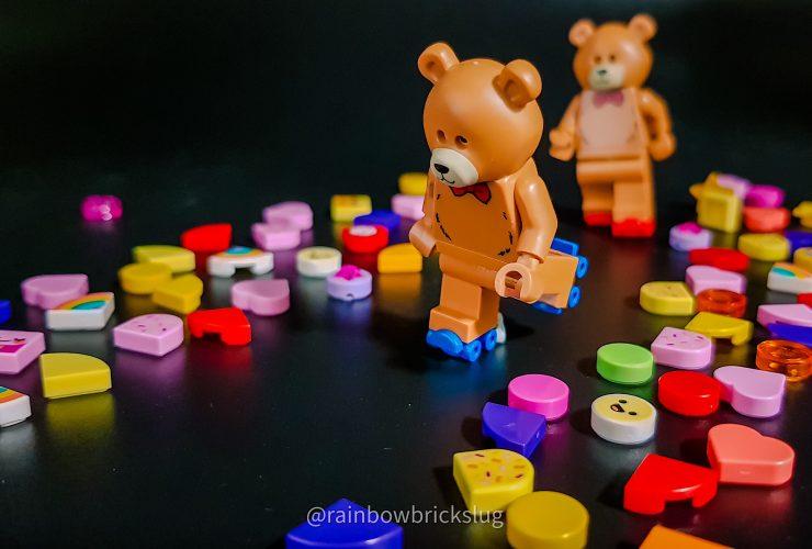 LEGO Skating Teddy Bears