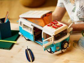 LEGO® Volkswagen T2 Camper Van [10279]